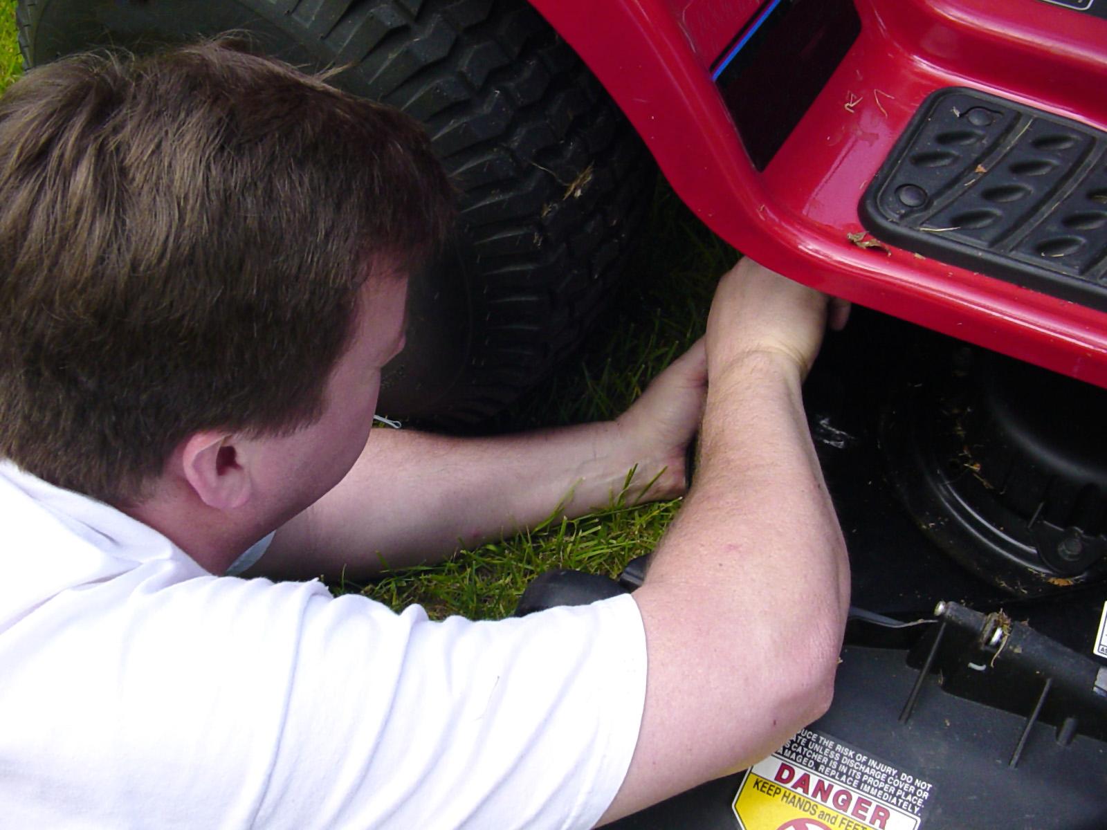 Tech Tips Using Tuff Torq Repair Kits